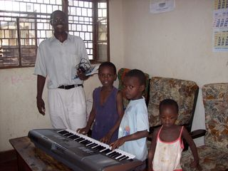 Pastors family w keyboard