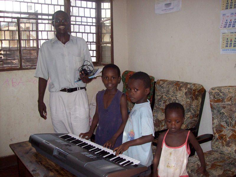 Pastors family w keyboard