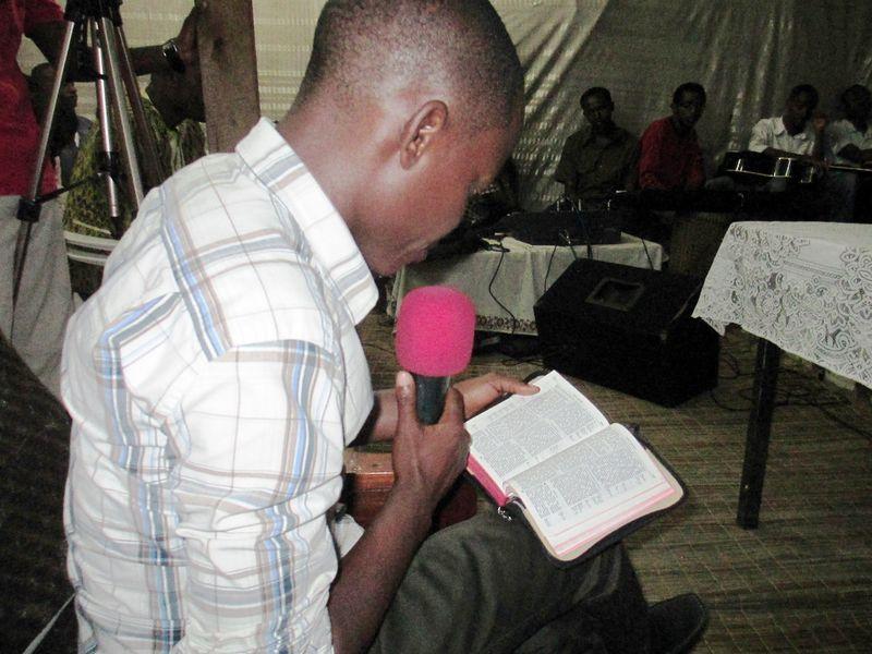 Philemon reads scripture
